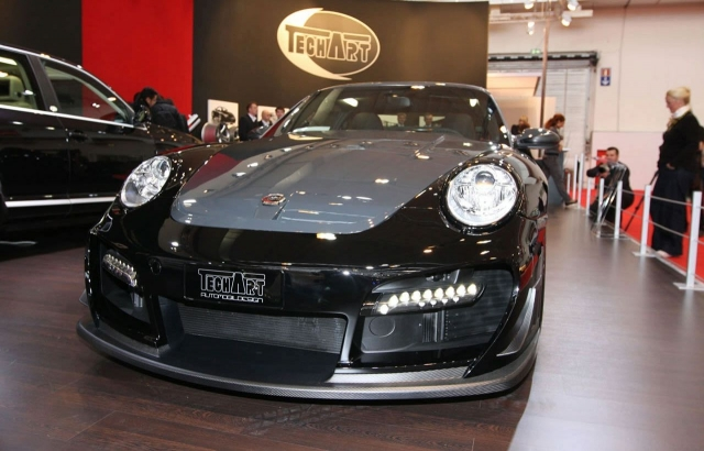 Techart GTSreet-R based on Porsche 911 turbo