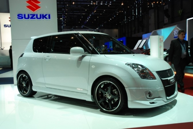 SUZUKI Swift Sport 100th anniversary 2