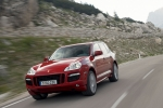 Porsche Cayenne GTS, small